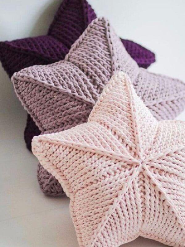 Star cushions made with Tunisian crochet