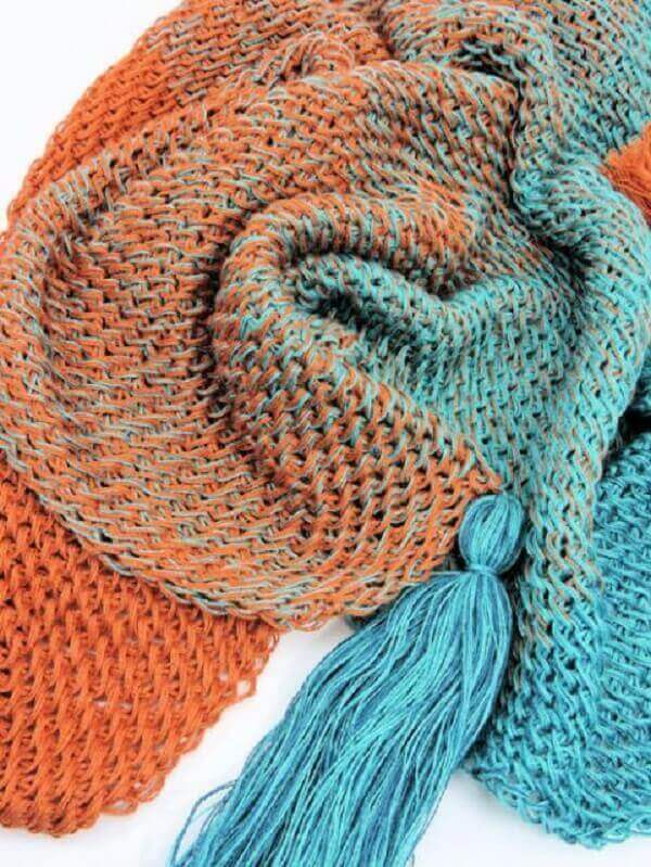 Blanket made in Tunisian crochet stitch mat