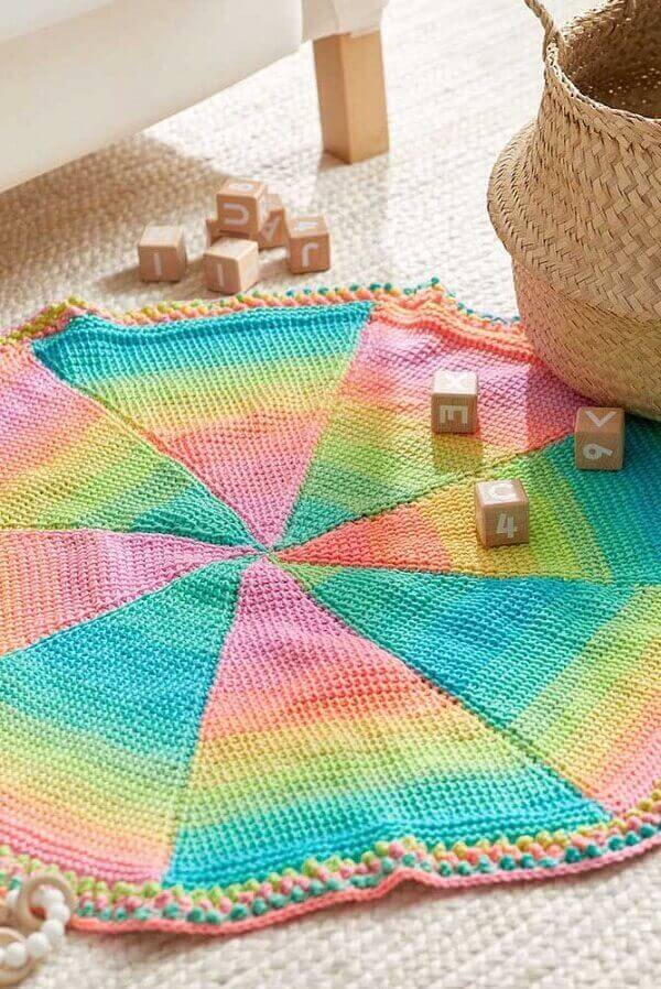 Colorful rug made in Tunisian crochet