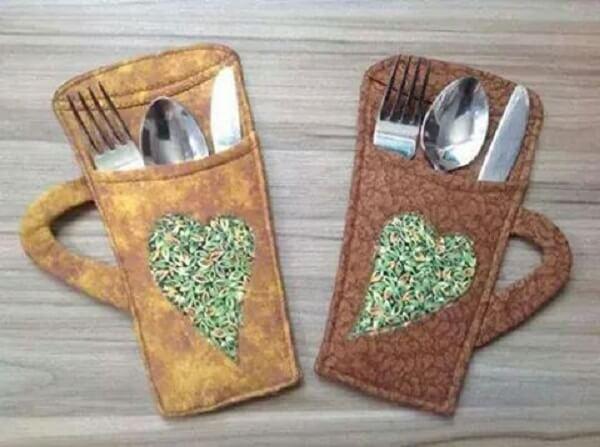 Mug-shaped fabric cutlery holder
