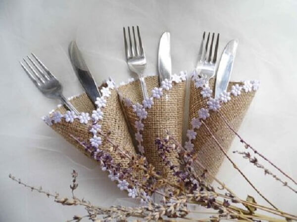 Cone shaped jute cutlery holder