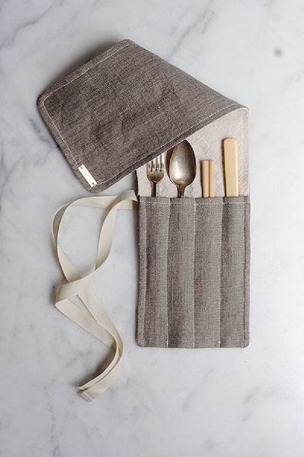 Each fit of the fabric accommodates a different cutlery