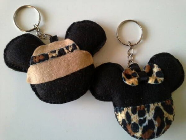 Mickey and Minnie felt felt keychain template