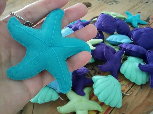 Deep sea elements form beautiful felt keyrings