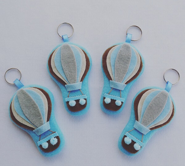 Balloon-shaped felt keychain template