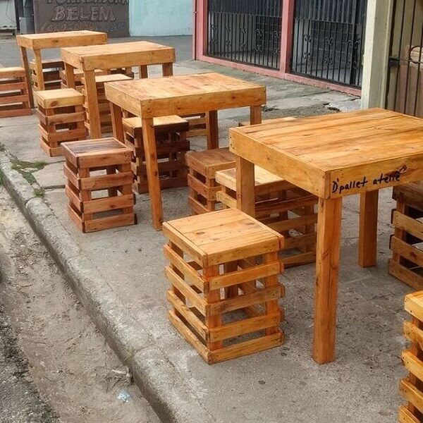 Accommodate your business customers on pallet furniture