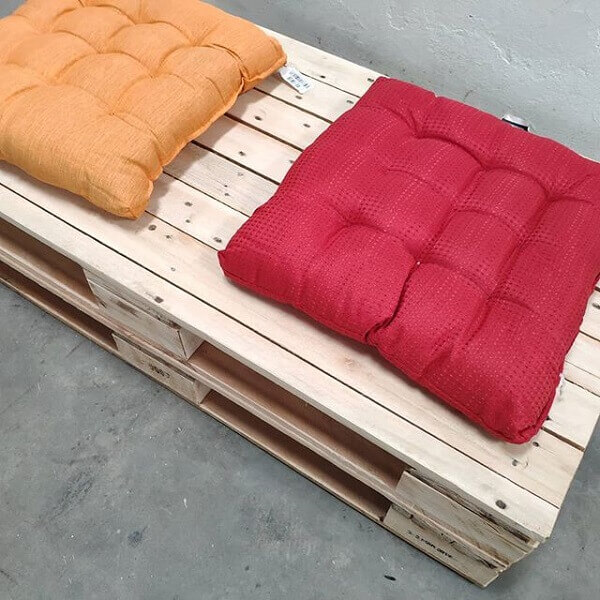 Futon cushions for pallet bench