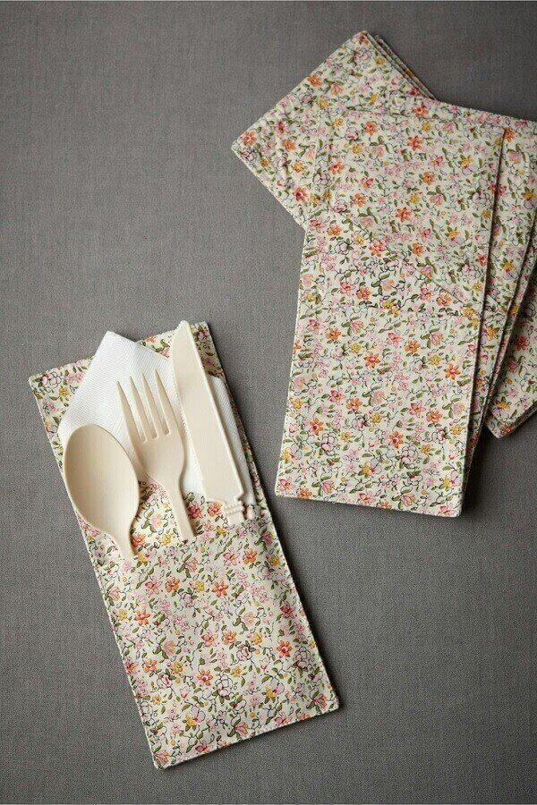 Mini cutlery model of fabric