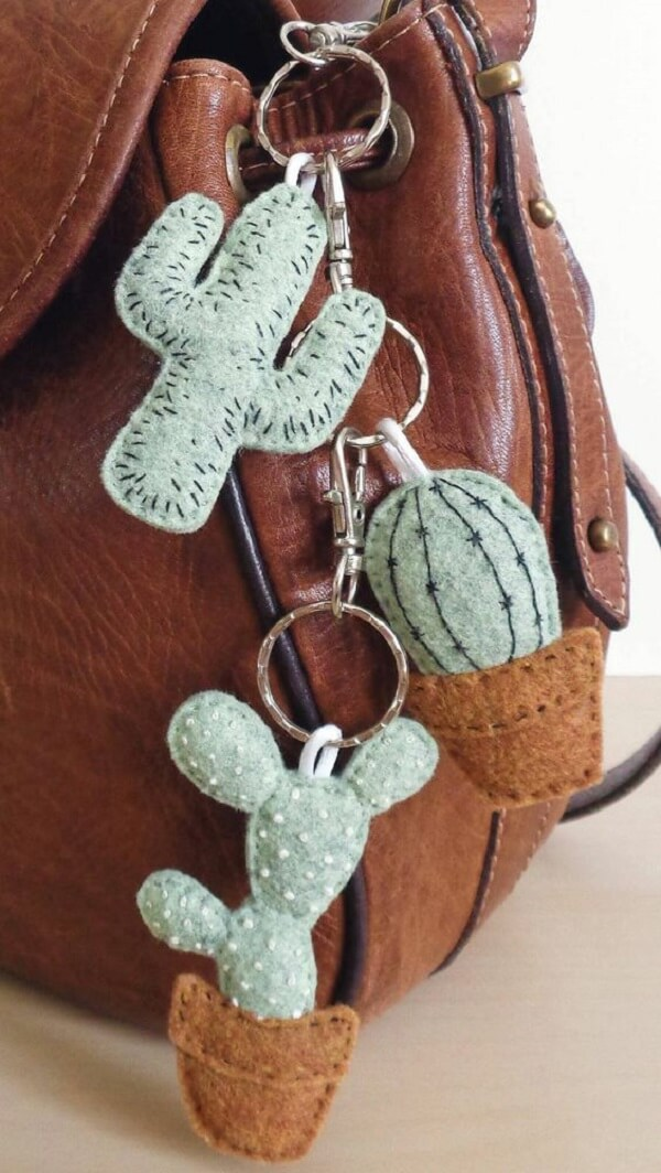 Felt keyring becomes a beautiful handbag accessory