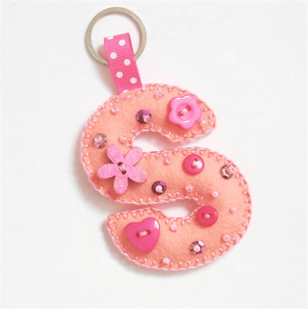 Letter S in the form of felt keyring
