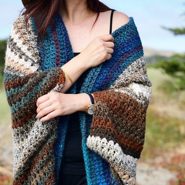 Beautiful chale made in Tunisian crochet