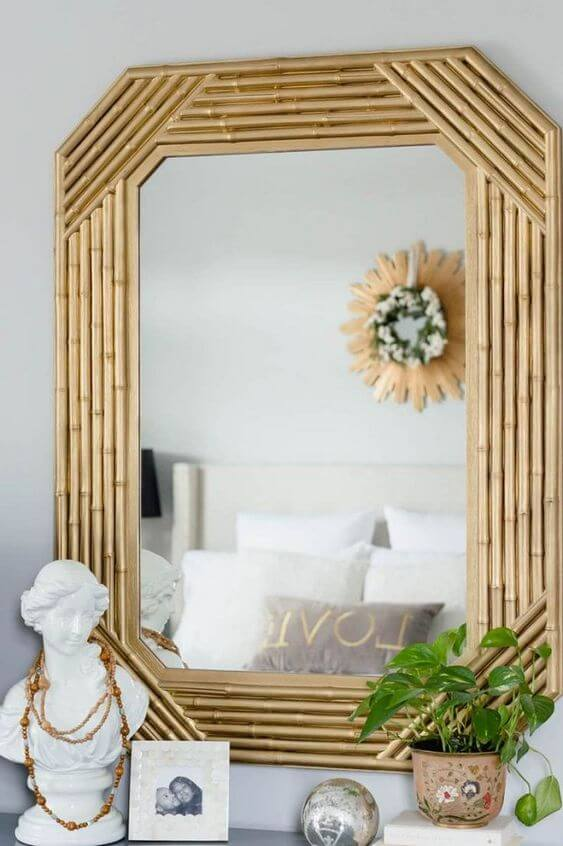Crafts in general to decorate mirrors