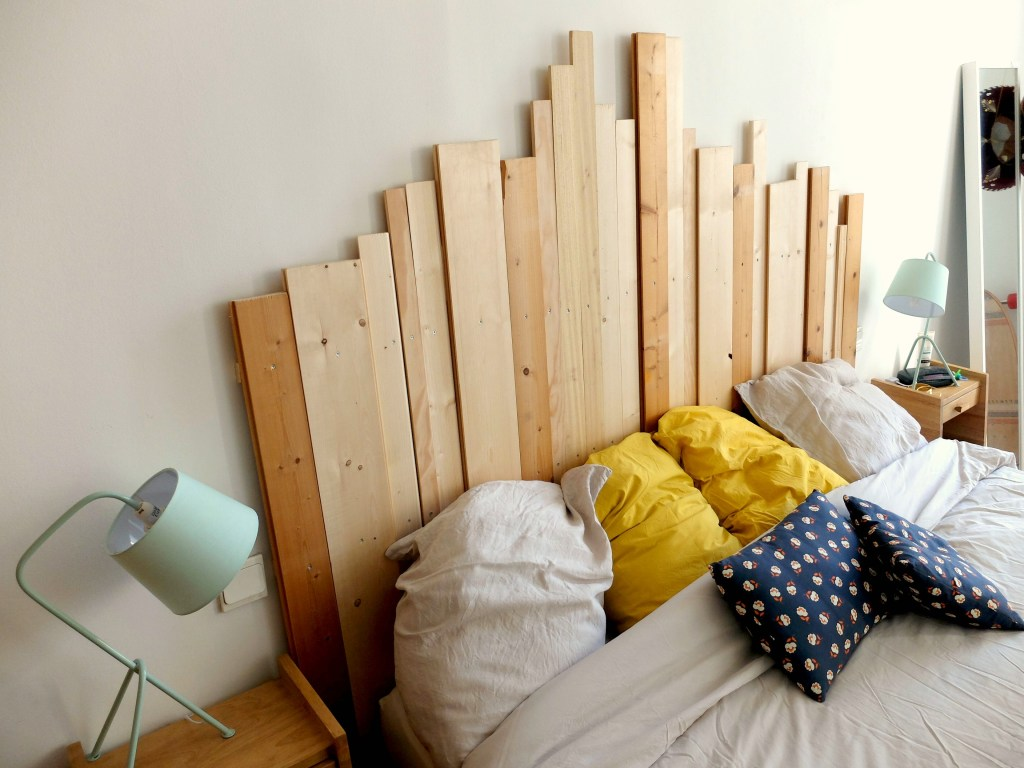 DIY Learn how to make a wooden headboard