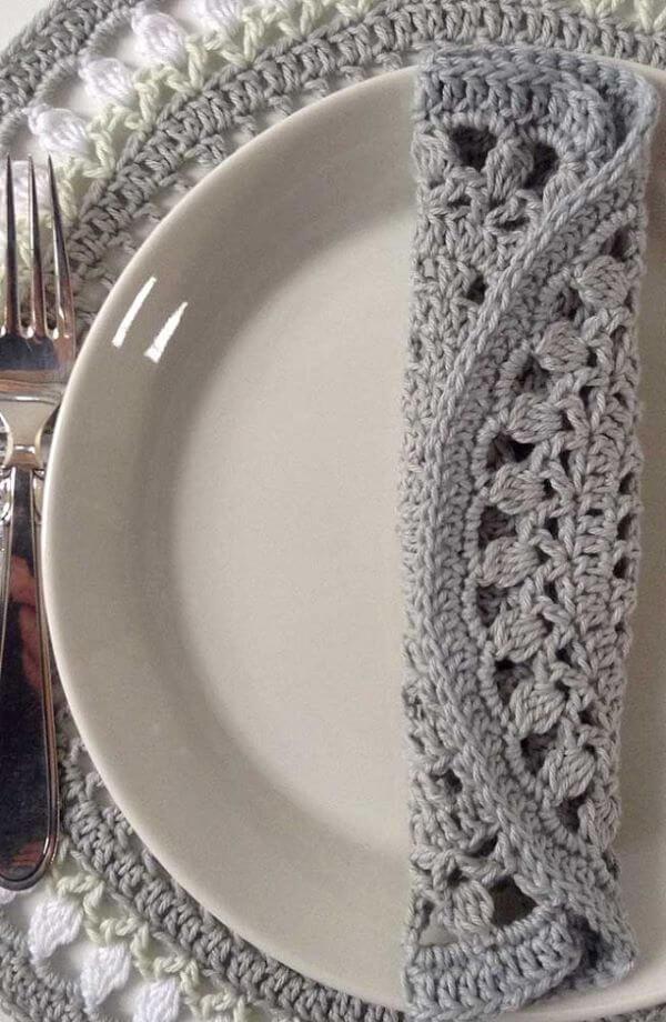 Kit de guardanapo de crochê cinza