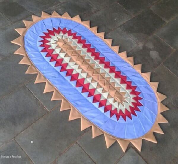 Flap mat with triangle-shaped sides