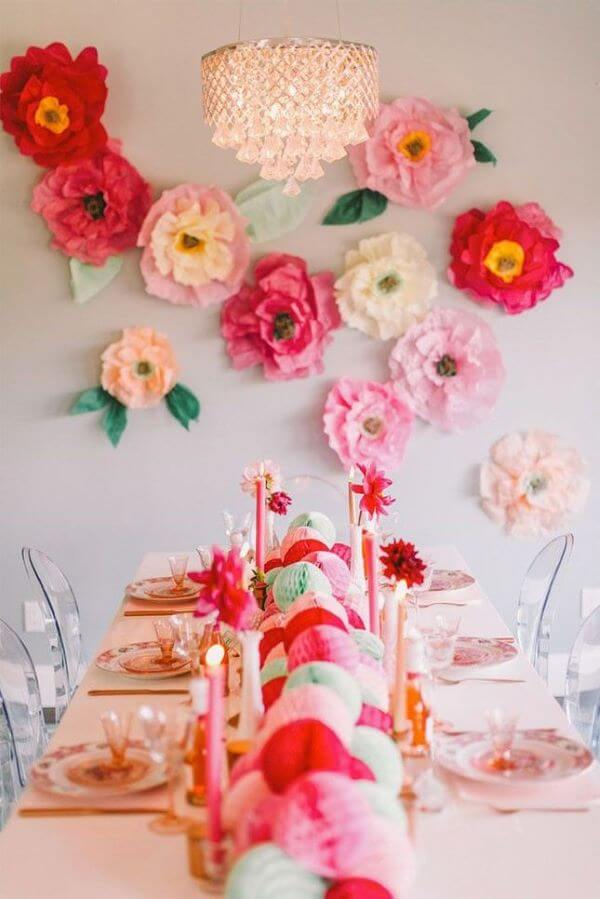 Flores de papel de seda grandes para festa de aniversário