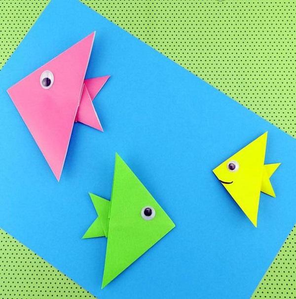 Origami fácil peixe colorido