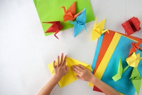 Origami fácil pássaro várias cores