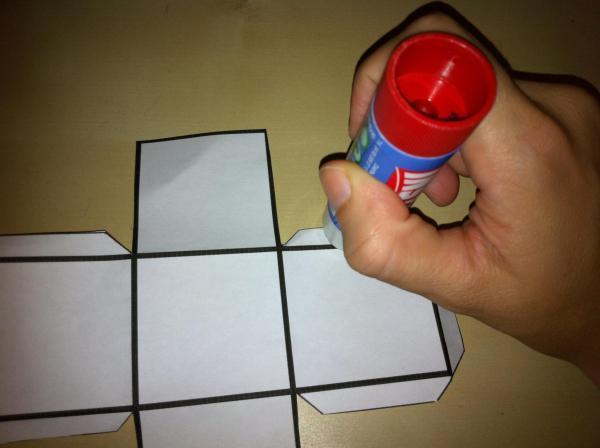 How to make a cardboard cube - Step 4