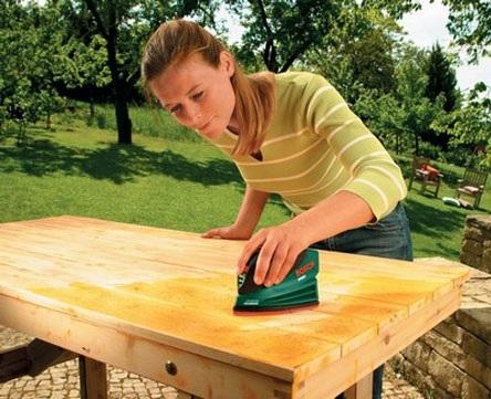 How to renovate a table with fabric - Step 1
