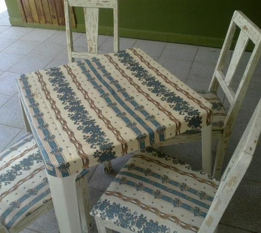 How to renovate a table with fabric - Step 5