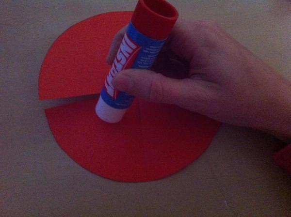 How to make a mushroom with a toilet paper roll - Step 9