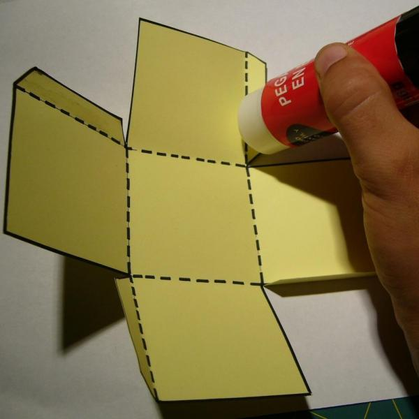 How to make a cardboard die - Step 4