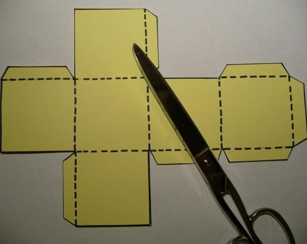 How to make a cardboard die - Step 2