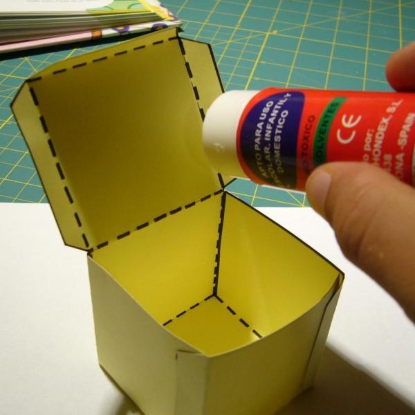 How to make a cardboard die - Step 5