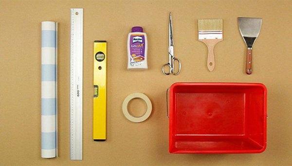 Como colocar papel de parede e materiais necessários
