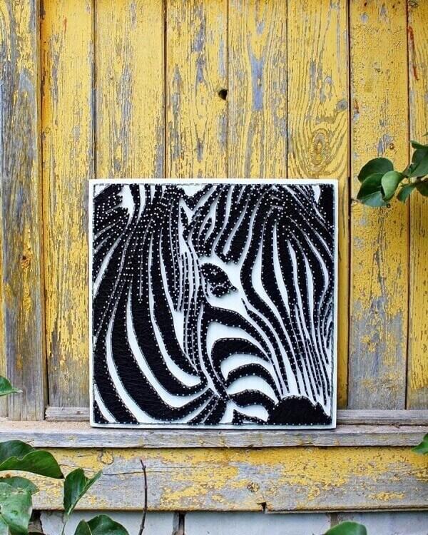 Molde string art com imagem de zebra