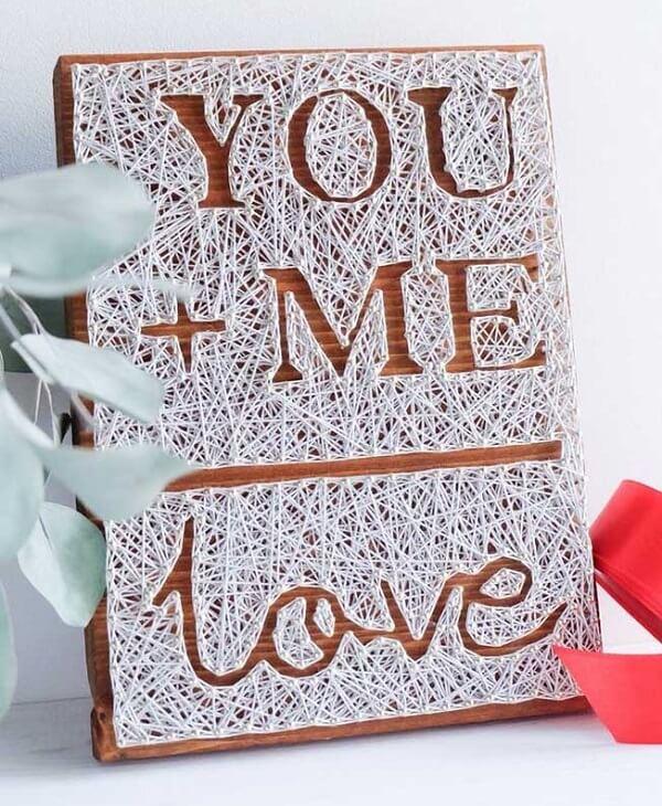 Presentei seu amor com esse quadro romântico