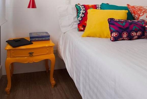 colorful bedroom furniture