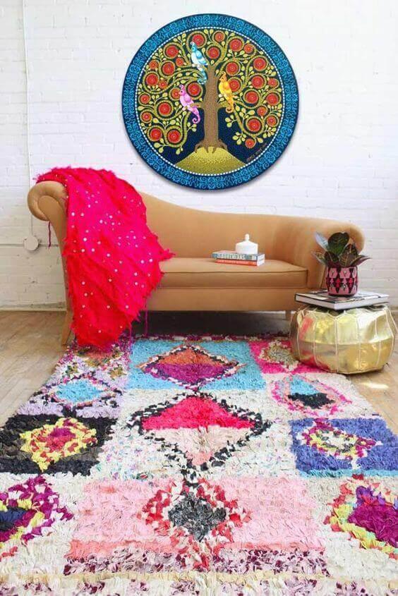 Tapete artesanal colorido moderno