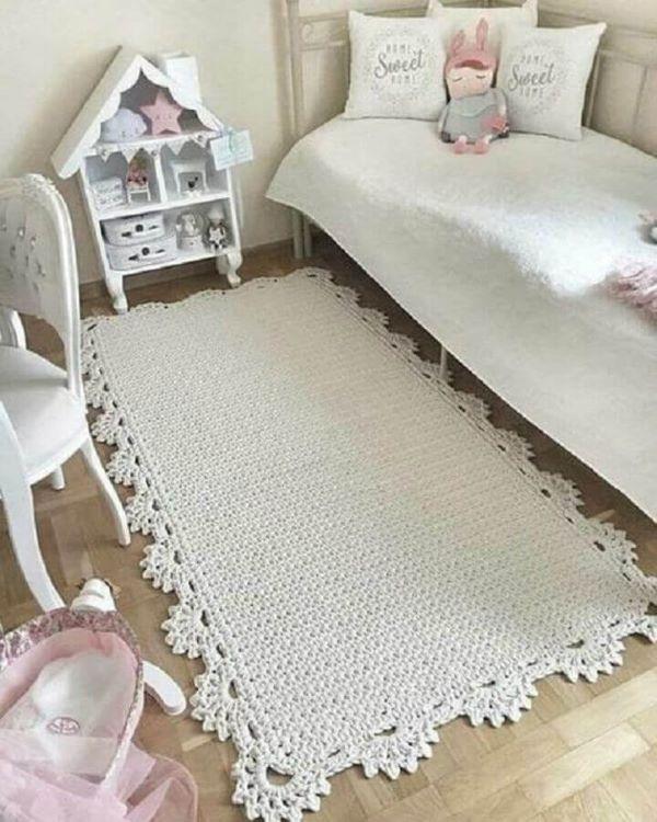 Quarto infantil com tapete artesanal de crochê