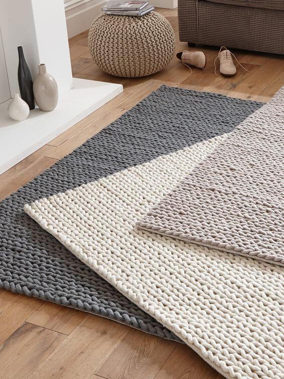 Tapete simples para sala de estar feito de crochê para iniciantes