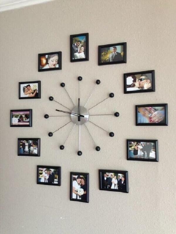 Relógio feito com quadro de fotos
