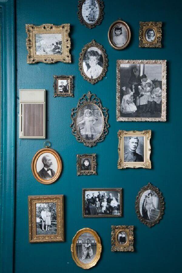 Moldura vintage para compor o quadro com fotos antigas