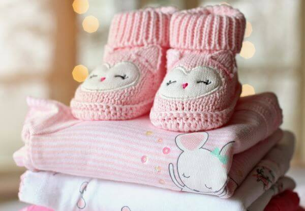 Use neutral coconut soap to wash baby clothes